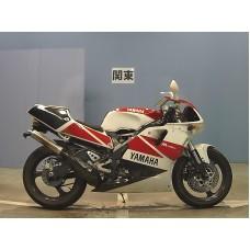 Yamaha TZR250 - 3XV